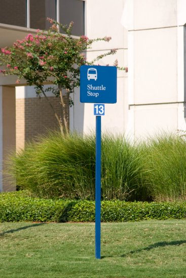 Traffic directional post and panel sign